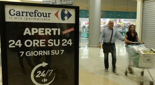 carrefour h24 video notte