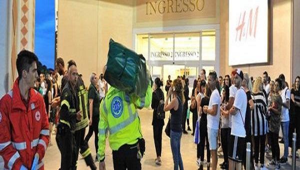 zara centro commerciale evacuato